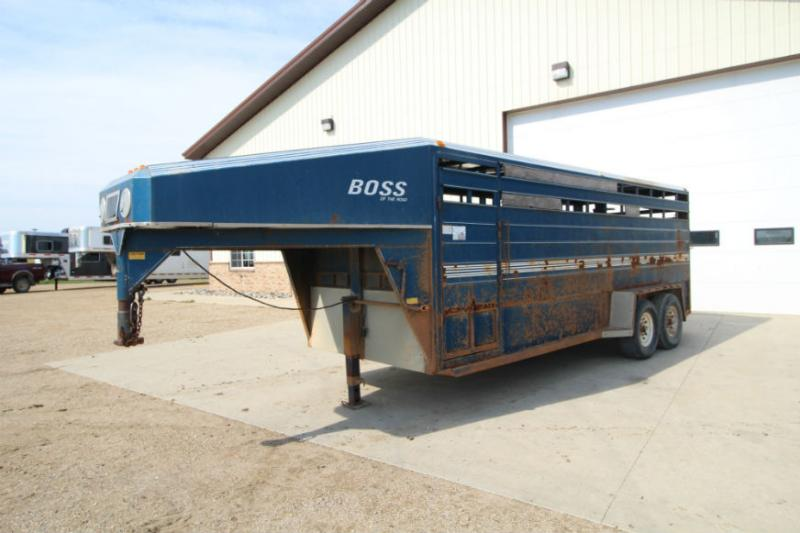 1991 Boss 20ft Livestock Trailer  Trailers Image