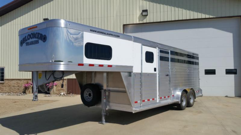 2017 Bloomer 7x20 Stock Combo Trailer  Trailers Image