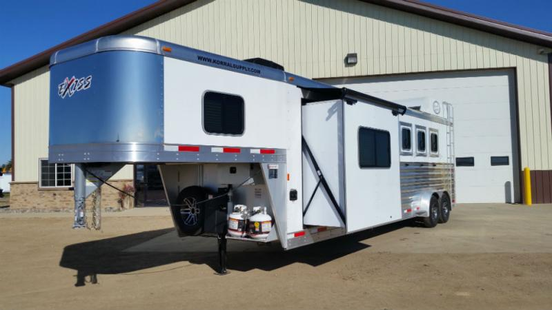 2018 Exiss 4 Horse LQ  Trailers Image