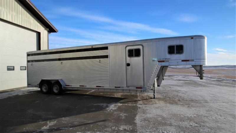 2000 Exiss 26ft Stock Combo trailer Trailers Image
