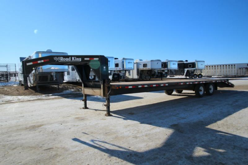 2011 Road King 30 ft Flatbed Trailer  Trailers Image