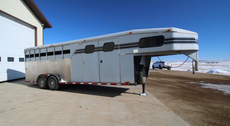1997 Trails West 4 Horse with Mangers Trailers Image