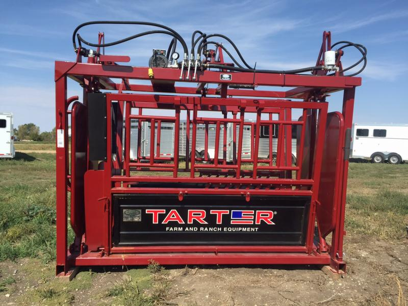 Tarter Hydraulic Squeeze Chute Livestock Image