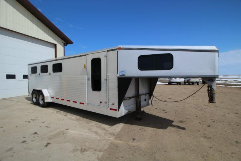1996 PaceSetter 5 Horse Slant Load Trailer  Trailers Image