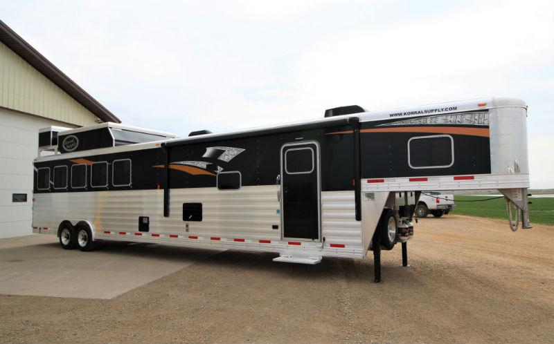 2018 Exiss 5 Horse LQ Trailers Image