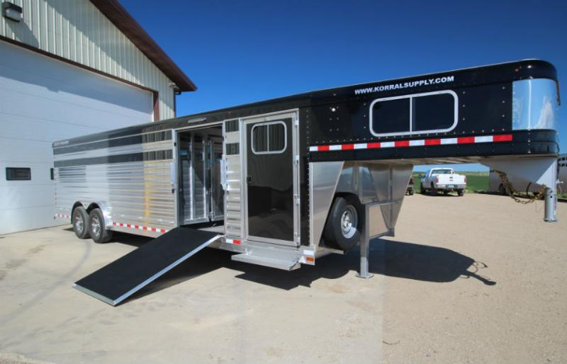 2019 Elite 28ft Cattle Show Trailer  Trailers Image