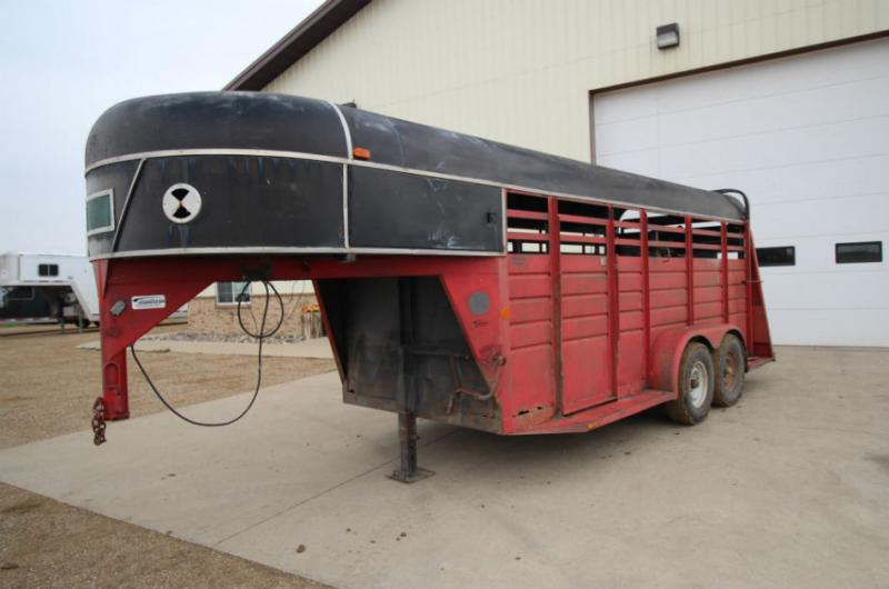 1985 Kiefer 16ft Livestock Trailer  Trailers Image