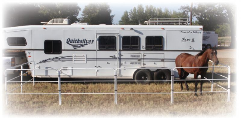 Portable Trailer Panels Horse Image